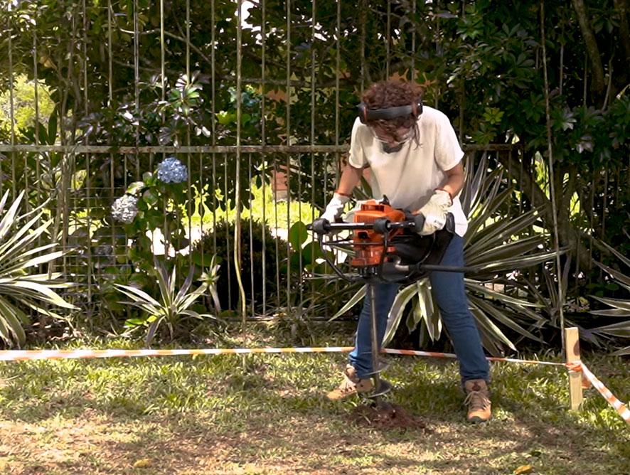Praticidade no jardim com as ferramentas certas