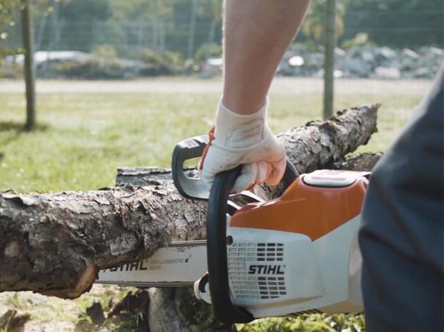 Como cortar madeira sob tensão