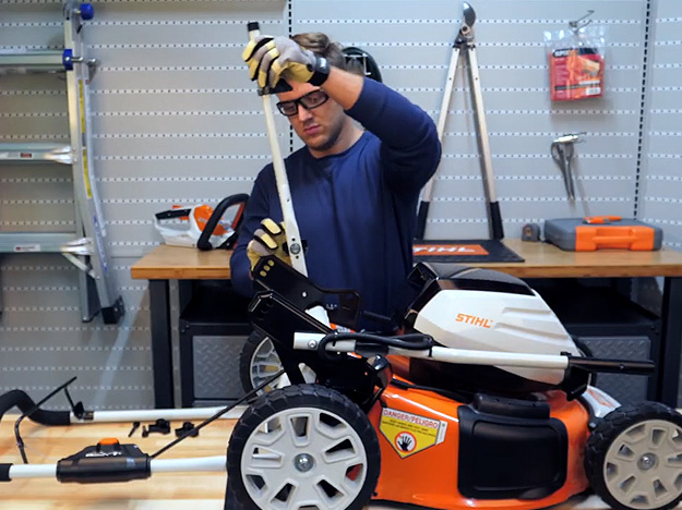 Como montar os cortadores de grama RMA 460 e RMA 460 V