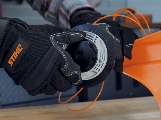 Como repor o fio de nylon no AutoCut C 6-2