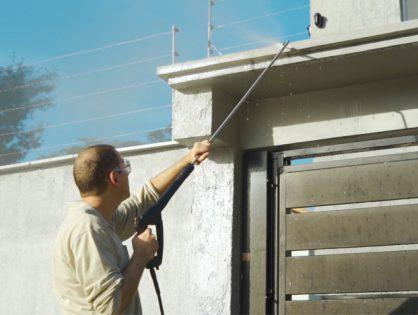 Como limpar locais de difícil acesso com lavadora de alta pressão